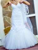 Продам модельное свадебное платье!!(рыбка) Сумы