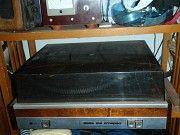 Вертушка Вега и 50 кг разных пластинок Кривой Рог