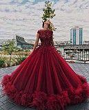 Випускні ,вечірні сукні та плаття Жашков