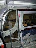 Установка двери с электроприводом на микроавтобус Киев