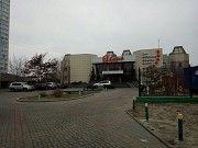"Однокомнатная на ул. Юрия Шумского 5 возле озера Тельбин, а напротив дома ресторан ""ЕВРОПА""смотри фо Киев"
