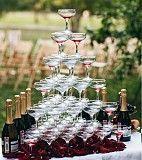 Пирамида из бокалов с шампанским Краматорск