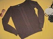 Красивый плотный свитер в узорах,р.S,Colours of the world,отличное состояние Пирятин