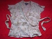 Женская фирменная блузка с заходом Пирятин