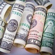 Предлагая кредитный сервис по низкой процентной ставке. Ивано-Франковск