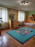 5-ти кімнатна квартира в одному рівні, 2-й поверх, центр Ивано-Франковск