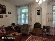 Антонова, 4-х комнатная 115 м кв + подвал 40 м кв Киев