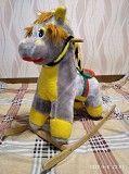 Продам мягкую лошадку-качалку для детей Обухов