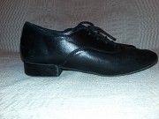 Продам танцевальные туфли на мальчика Мариуполь