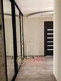 Продам 2-х комнатную квартиру на Добровольского проспект Одесса