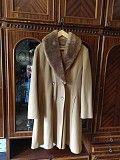 Продам красивое демисезонное пальто на девушку размер л-хл Харьков