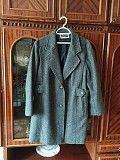 Продам демисезонное пальто на девушку размер л-хл Харьков