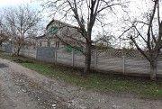 Добротный дом в центре Елизаветовки Днепродзержинск