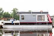Арендовать яхту катер дискотека на воде Sun Tracker Киев
