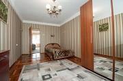 Без комиссии Продам 3-х комн.квартиру в центре Хортицкого района Запорожье